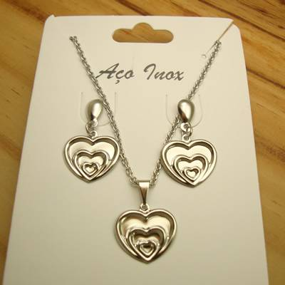 conjunto colar e brincos aço inox antialérgico - pingente de corações